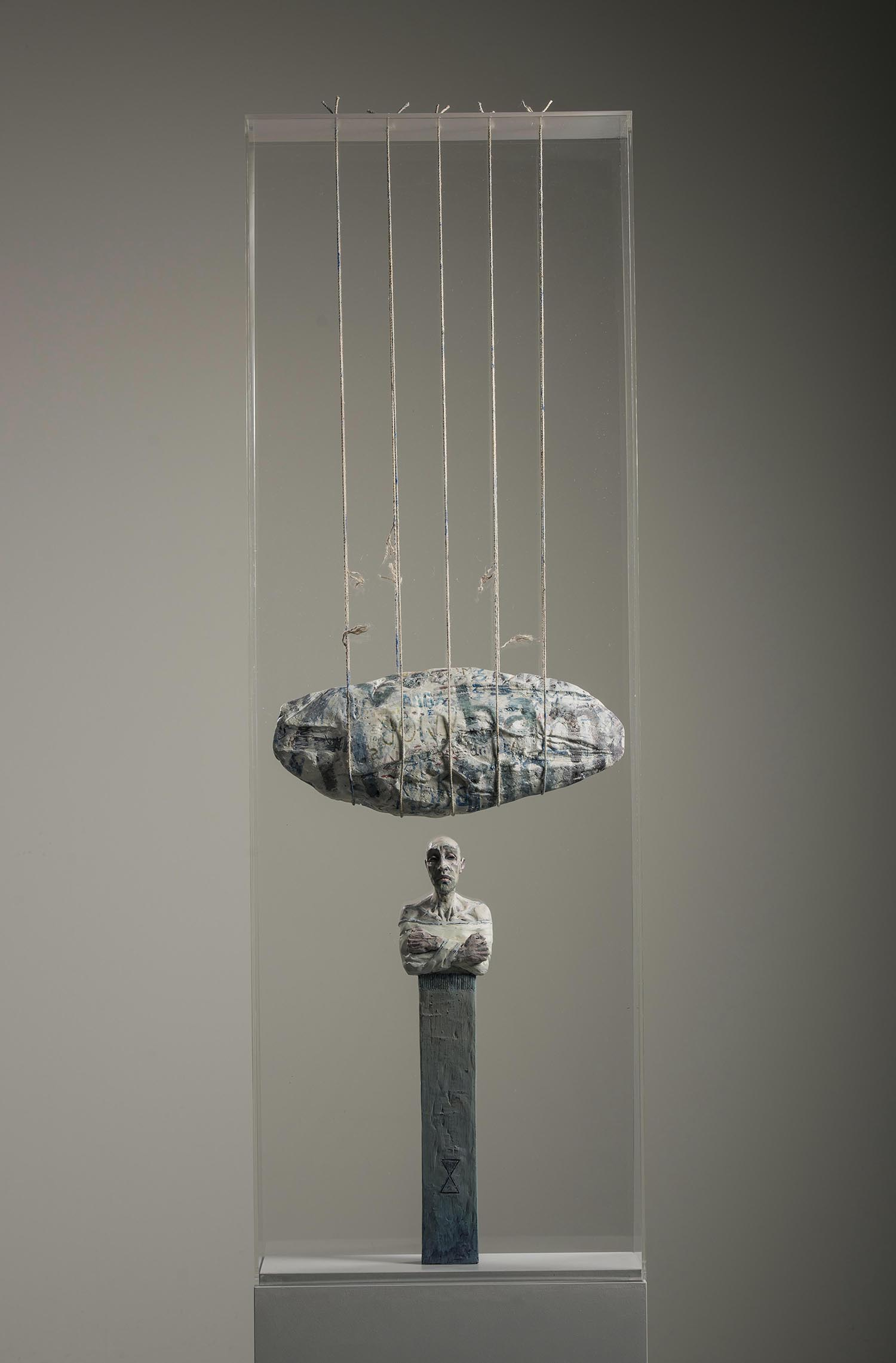 PIET PEERE - FRAGILE MYTHS - SCULPTURES - TANTALISATION